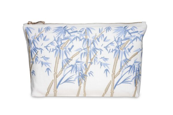 Elizabeth Scarlett Bamboo Pouch Blanc white with blue bamboo leaves
