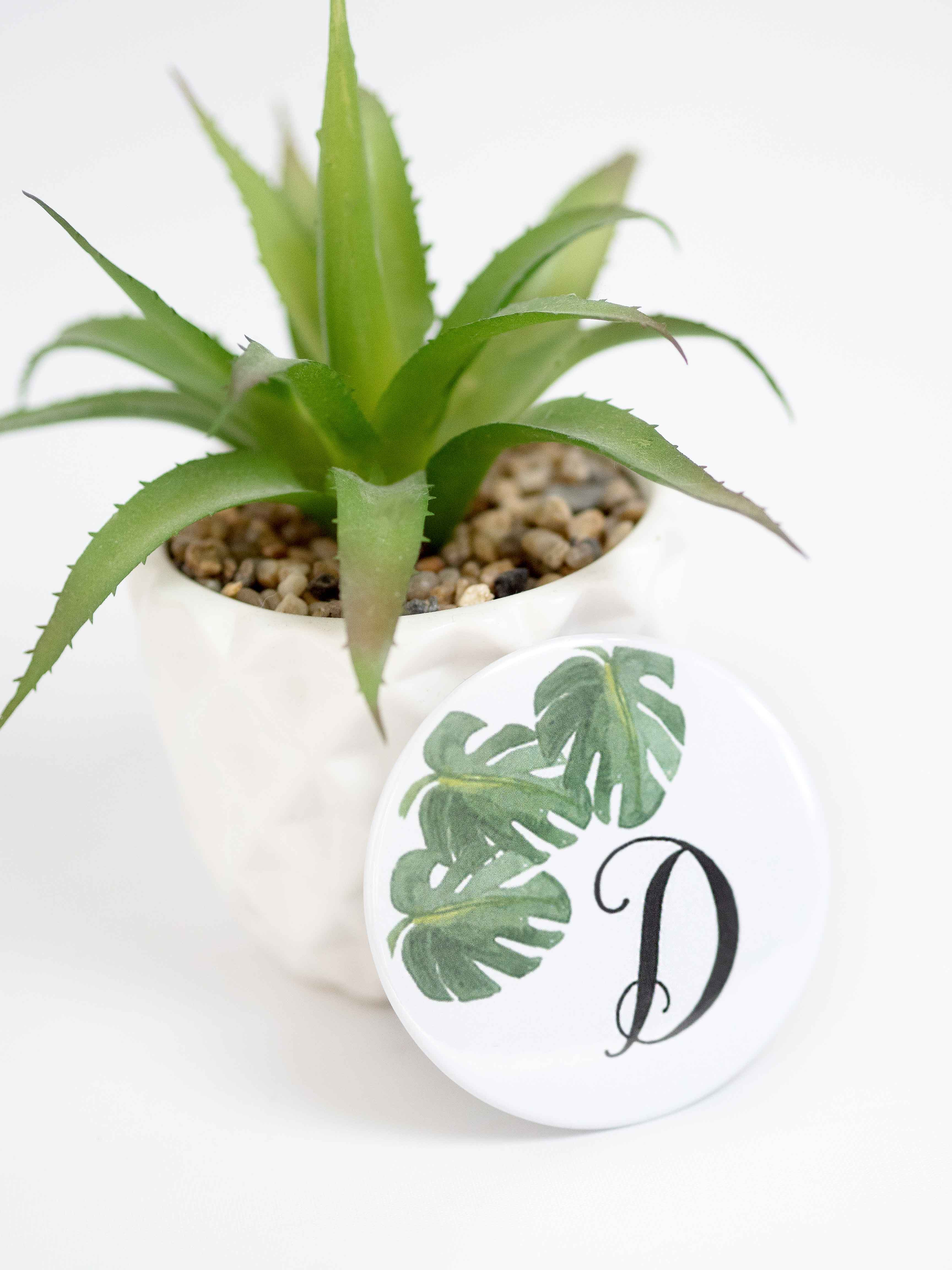 Moi Meme and Emerald and Ivy Studios Personalised Compact Mirror with Monstera Palm Leaves
